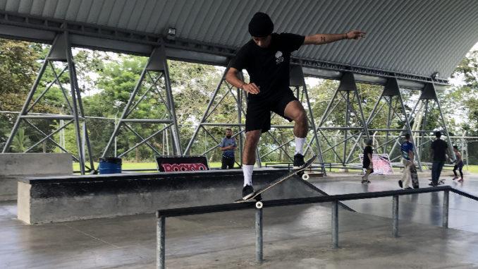 Mariano Villalobos busca el liderazgo en el Campeonato Nacional de Skateboarding