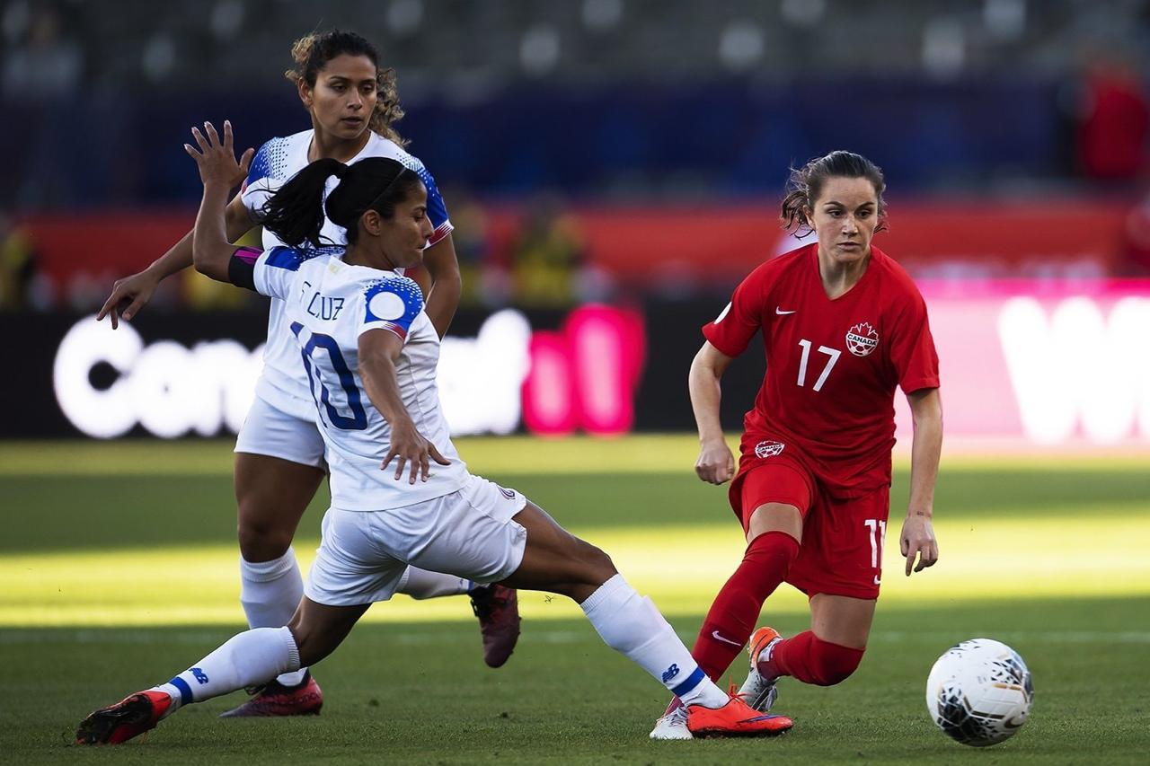 Selección Femenina cae con la frente en alto