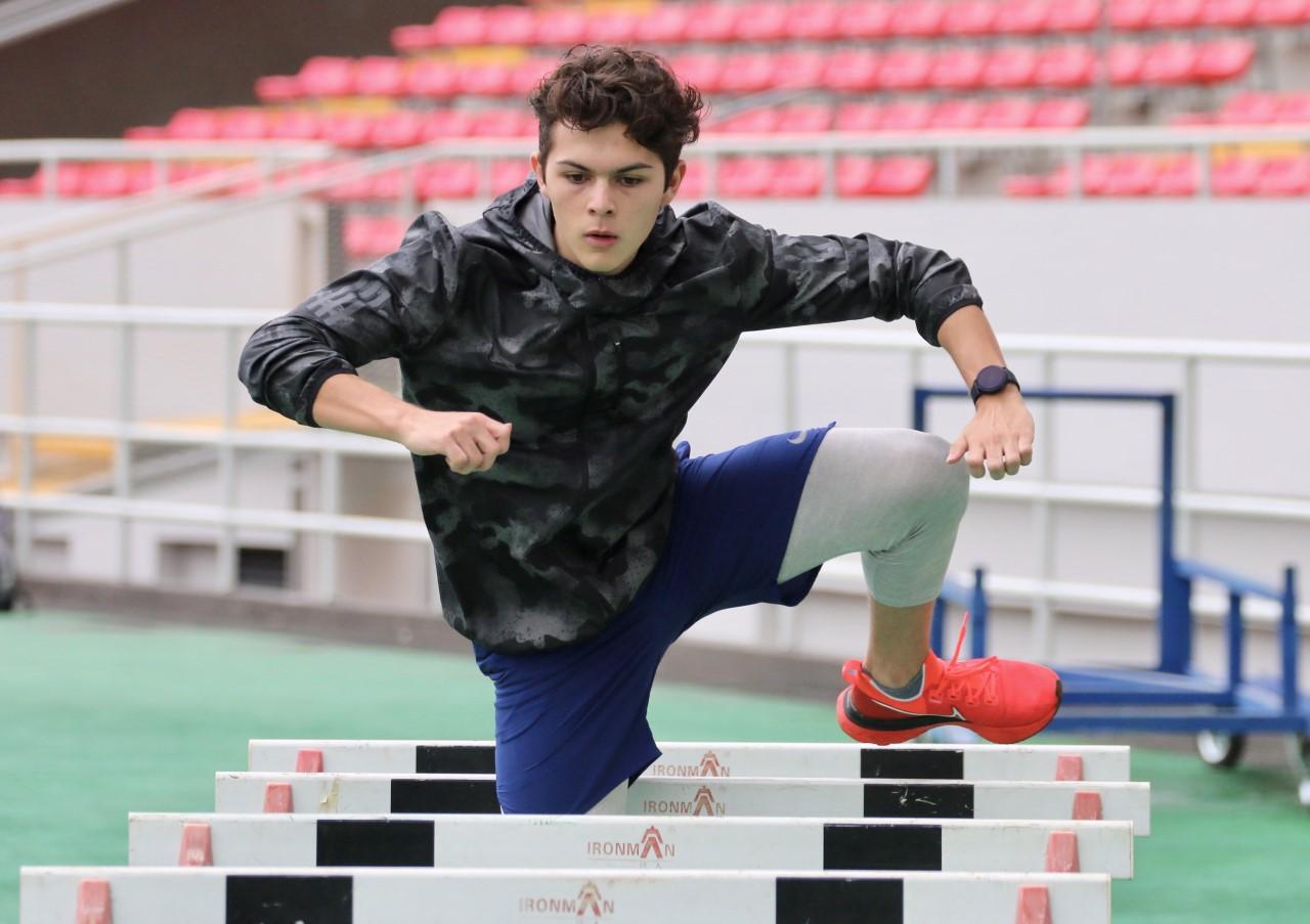 Joven josefino lanza su mirada a la élite mundial de atletismo