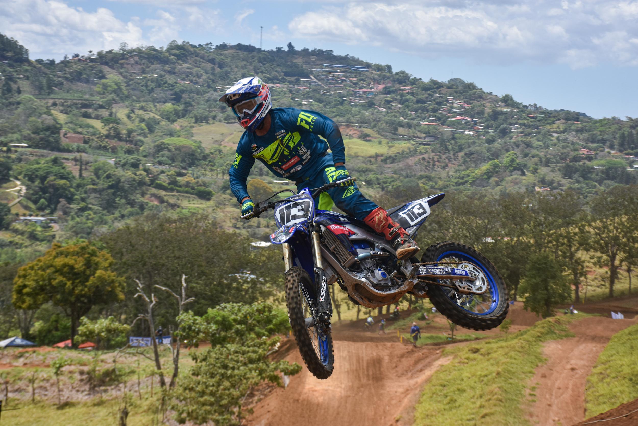 Justin Alvarado dominante en el regreso Motocross