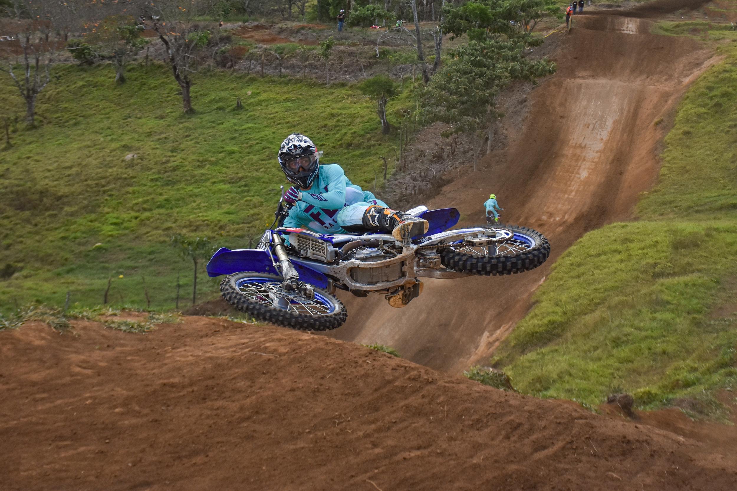 Nuevos piques calientan el regreso del Motocross